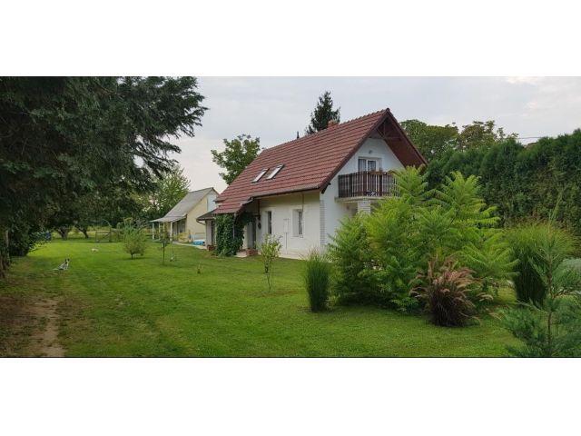 Haus, Balatonberény
